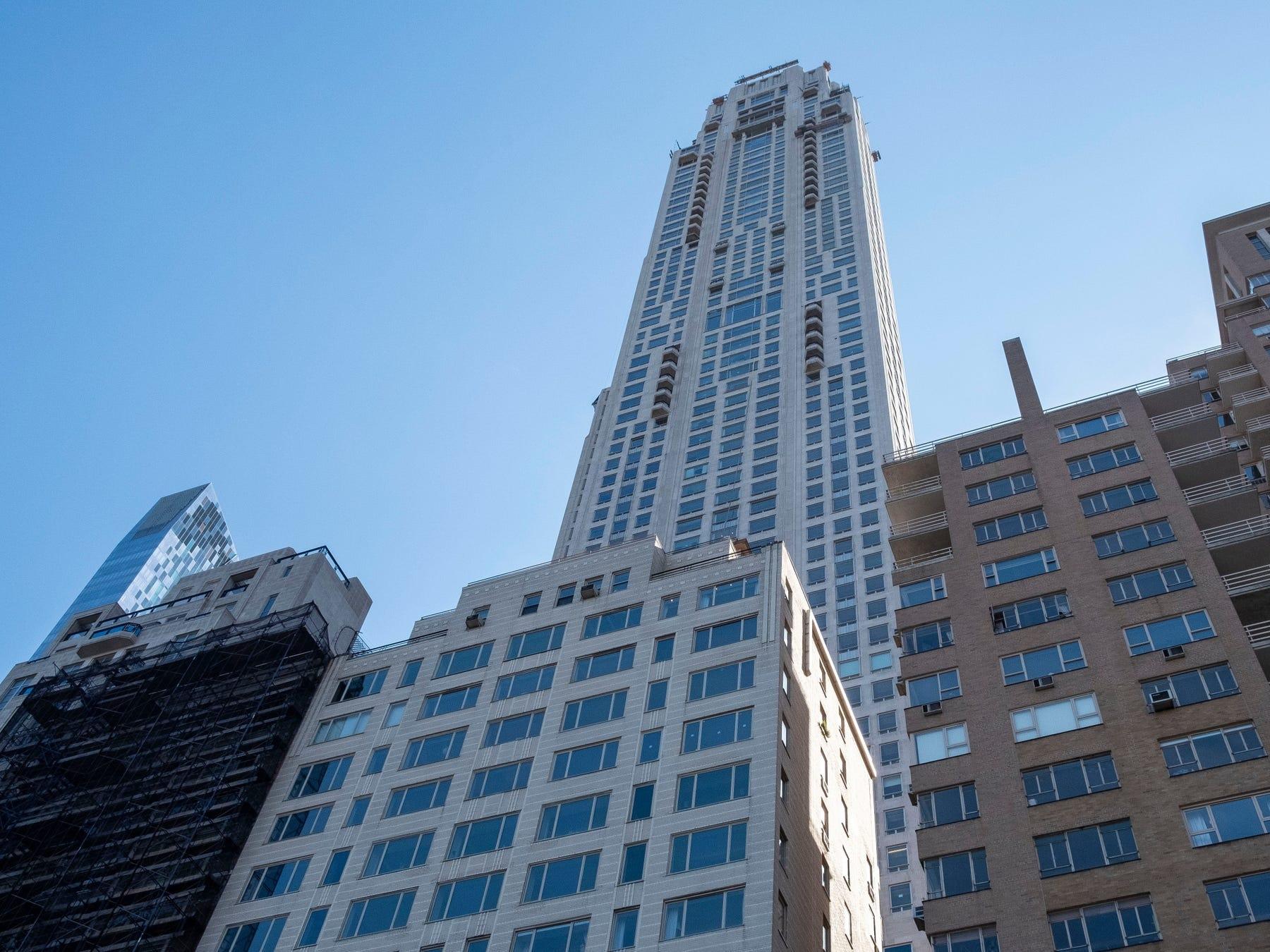 dai gia chi 999 trieu usd mua penthouse tren pho ty phu o new york