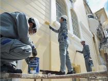 5 vị trí nhà cần sửa sang trước mùa mưa bão