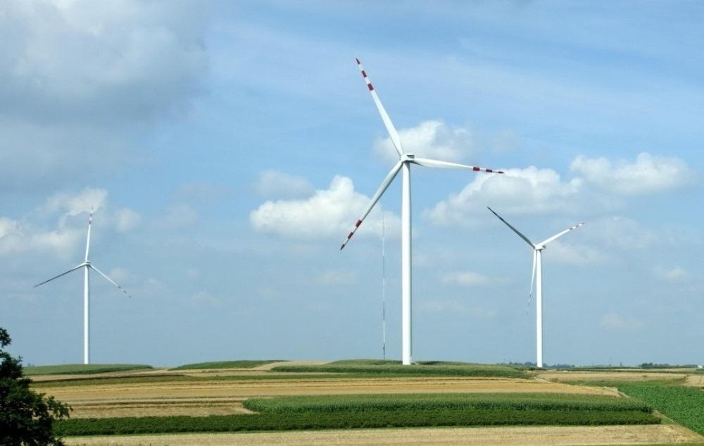 Quảng Bình: Hỗ trợ nhà đầu tư khởi công dự án cụm trang trại điện gió