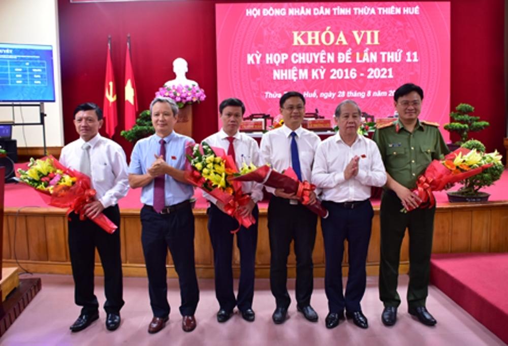 Bí thư huyện được bầu làm Phó Chủ tịch UBND tỉnh Thừa Thiên – Huế