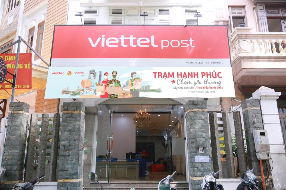 Trạm hạnh phúc - Chạm yêu thương: Cùng Viettel Post sẻ chia với người dân Thành phố Hồ Chí Minh