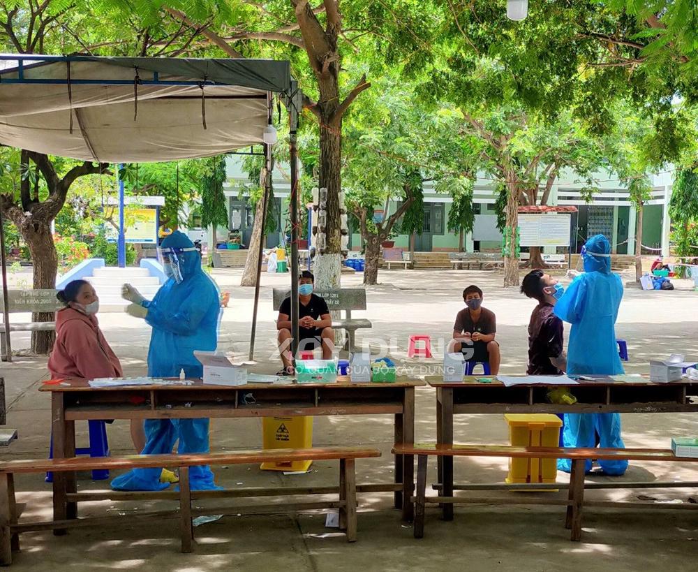 Ninh Thuận tăng cường xử lý các ca bệnh phát sinh trong khu cách ly