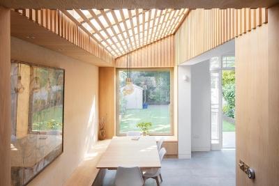 Cách cải tạo có thêm bếp ăn và phòng khách ngắm cảnh mà không cần xây thêm