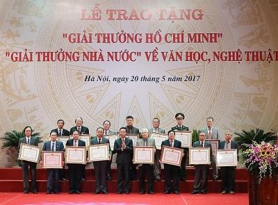 Lập Hội đồng cấp Nhà nước xét tặng Giải thưởng Hồ Chí Minh, Giải thưởng Nhà nước về văn học, nghệ thuật