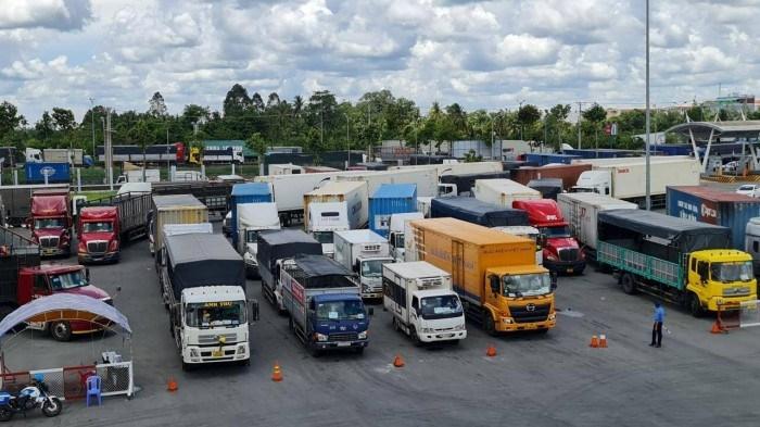 Bộ Giao thông Vận tải yêu cầu bãi bỏ quy định gây cản trở lưu thông hàng hóa