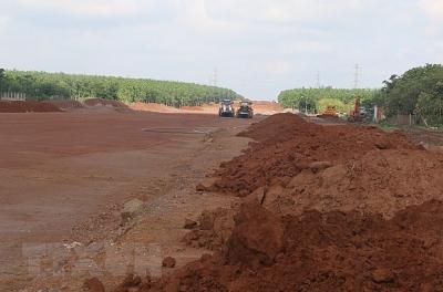 Bình Định tiếp diễn nạn khai thác đất trái phép để san lấp mặt bằng