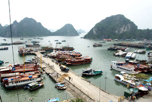 Quảng Ninh: Ban hành chính sách hỗ trợ nhà đầu tư vào KKT, KCN