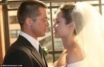 Hé lộ ảnh cưới đẹp của Angelina Jolie