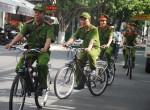 Cảnh sát Đà Nẵng đạp xe tuần tra