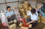 Hà Nội: Dùng rượu Lào làm giả rượu Chivas để bán ra thị trường