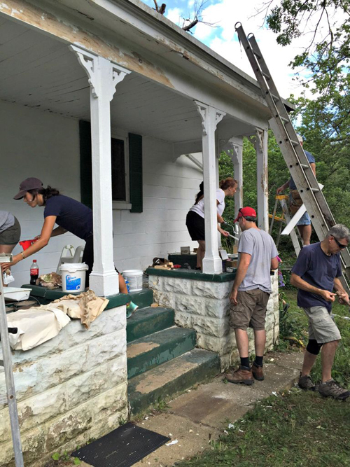 225020baoxaydung image003 Cặp vợ chồng cải tạo lại nhà giúp hàng xóm thoát án phạt