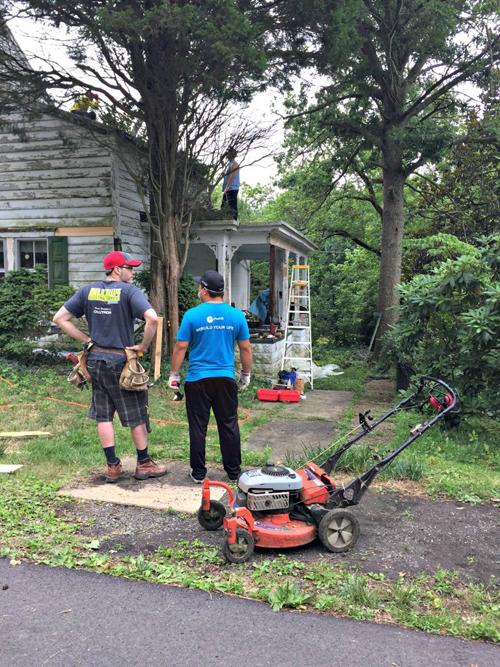 225043baoxaydung image007 Cặp vợ chồng cải tạo lại nhà giúp hàng xóm thoát án phạt