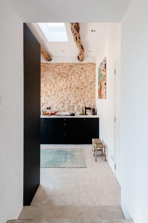 194002baoxaydung image001 Thiết kế và cải tạo ngôi nhà 200 tuổi trở thành nhà khách