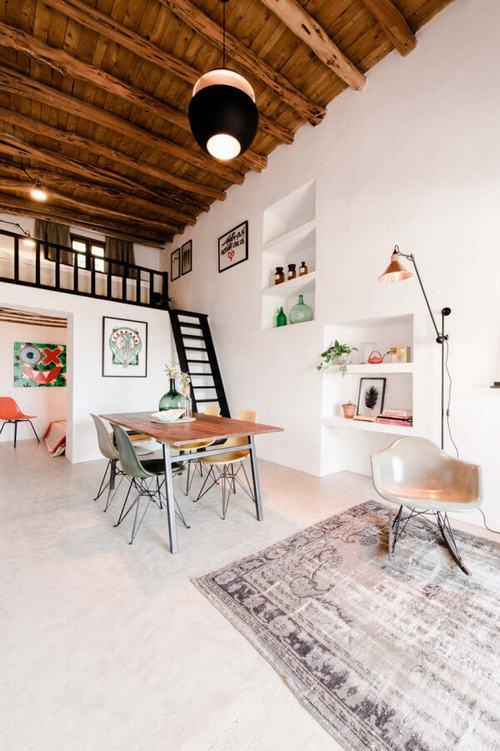 194005baoxaydung image003 Thiết kế và cải tạo ngôi nhà 200 tuổi trở thành nhà khách