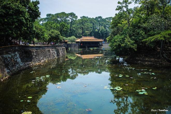 Lăng mộ của vua có 103 bà vợ ở Việt Nam.