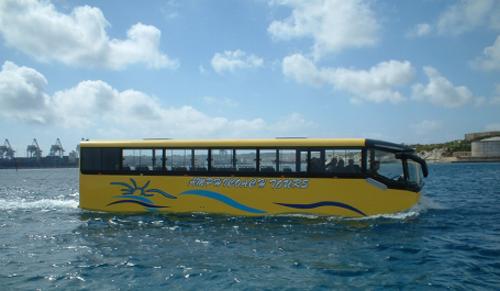 """Mở tuyến taxi nước Hồ Tây: Nên """"cởi mở"""" với những ý tưởng mới"""