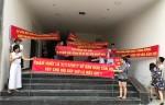 Bộ Xây dựng vào cuộc vụ Chung cư Bảo Sơn vi phạm hợp đồng khiến dân căng băng rôn phản đối chủ đầu tư tại Nghệ An