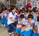 Hội Khách sạn Đà Nẵng: Tổ chức tết Trung thu cho trẻ em cơ nhỡ và người già tại làng Hoà Bình, Quảng Nam