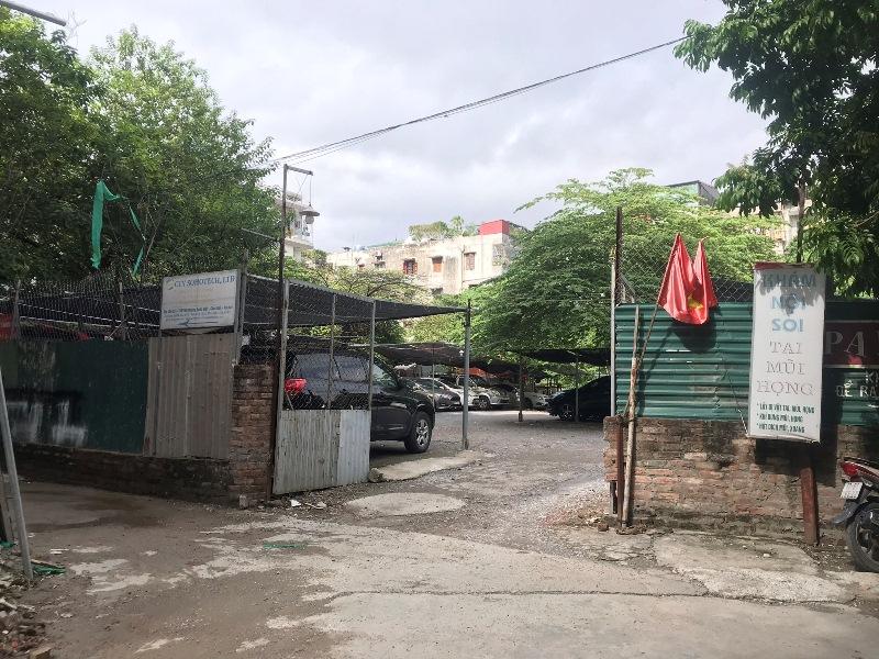 Hà Nội: Hàng loạt bãi xe không phép ngang nhiên tồn tại trên đường Hoàng Quốc Việt