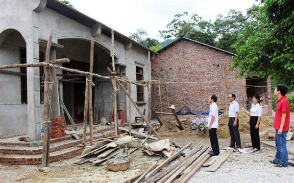 Trả lời kiến nghị về chính sách xây dựng và sửa chữa nhà ở cho hộ nghèo, hộ gia đình chính sách