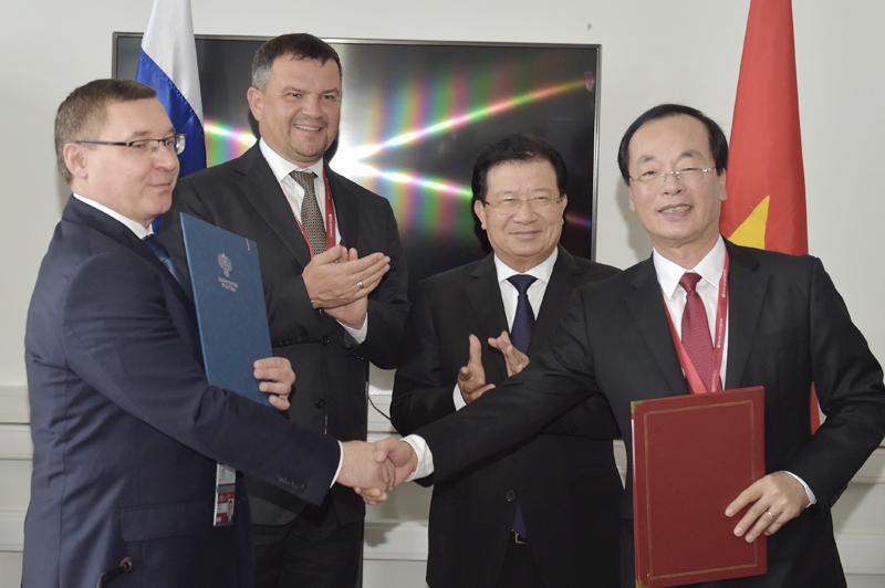 Việt Nam và Nga tăng cường hợp tác trong lĩnh vực xây dựng