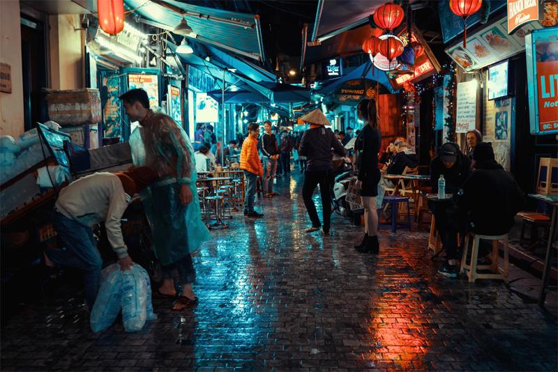 Kết quả hình ảnh cho Kinh tế đêm: cuộc giằng co trong bóng tối