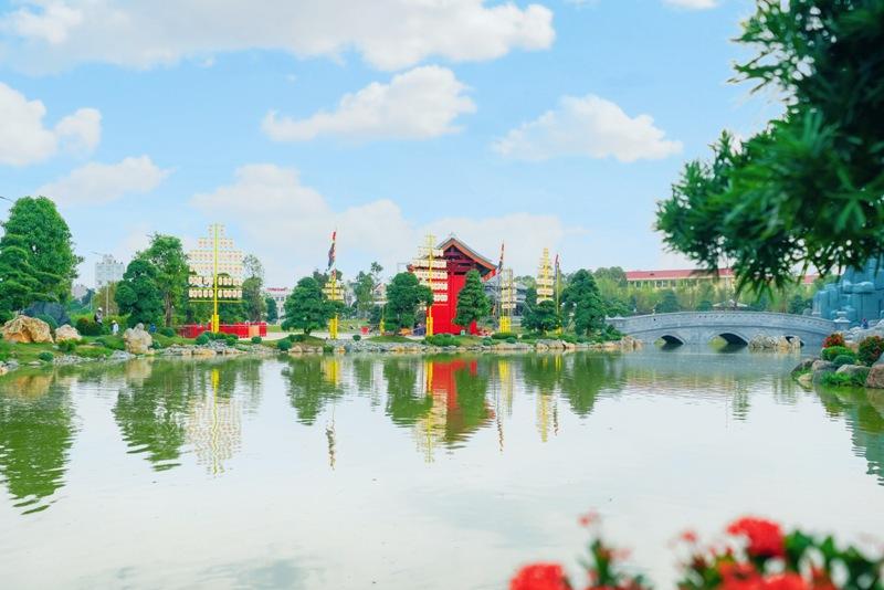 """Đại nhạc hội """"khủng"""" khai trương Vườn Nhật Bản quy mô lớn nhất Việt Nam"""