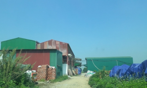 """Thạch Thất (Hà Nội): """"Nhức nhối"""" tình trạng xây dựng trái phép trên đất nông nghiệp tại xã Hữu Bằng"""
