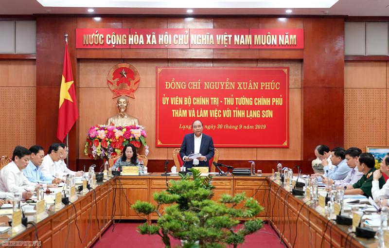 Thủ tướng làm việc với lãnh đạo chủ chốt tỉnh Lạng Sơn