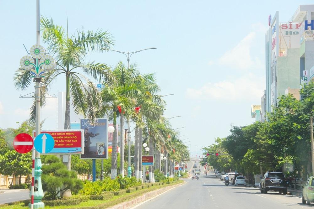 Phú Yên: Các cơ sở kinh doanh dịch vụ không thiết yếu được phép hoạt động trở lại