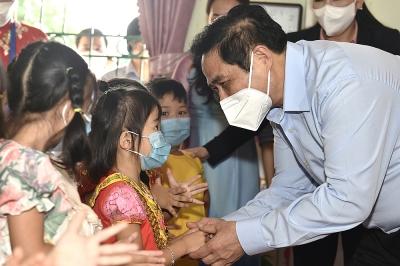 Thủ tướng Chính phủ Phạm Minh Chính động viên ngành Giáo dục nhân dịp năm học mới