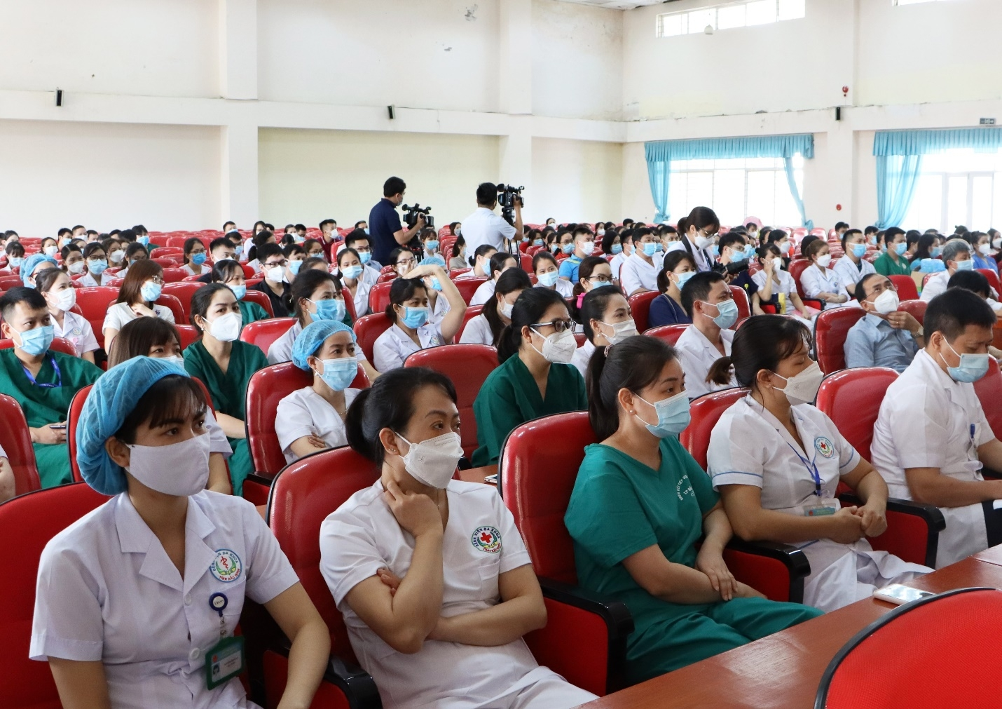 Bắc Ninh cử hơn 200 cán bộ, y, bác sỹ hỗ trợ thành phố Hà Nội phòng, chống dịch Covid-19