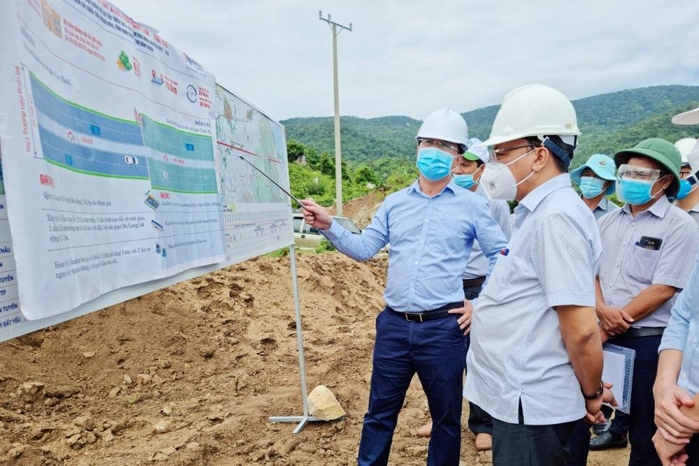 Lãnh đạo tỉnh Ninh Thuận thăm và làm việc tại dự án Cam Lâm – Vĩnh Hảo