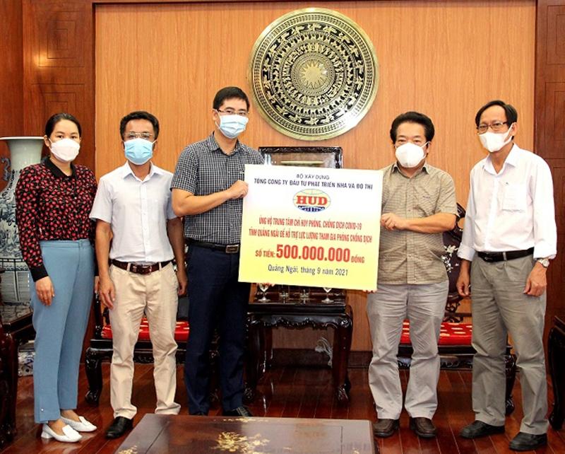 Doanh nghiệp thuộc Bộ Xây dựng hỗ trợ Quảng Ngãi 500 triệu đồng phòng, chống dịch Covid-19