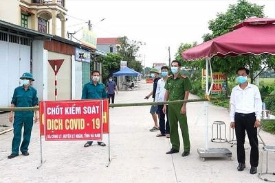 Hà Nam: Tổ chức họp khẩn sau khi ghi nhận nhiều ca nghi nhiễm SARS-Cov-2