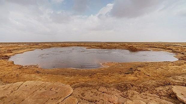 kham pha gaetale pond ho nuoc man chet choc nhat the gioi