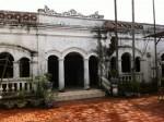 Sốc với  ngôi nhà cổ trị giá chục tỷ trên đảo Quan Lạn