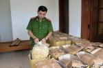 Tạm giữ 1,2 tấn thức ăn ghi ngày sản xuất ở... tương lai