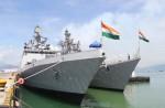 Lo Trung Quốc lấn sân, Ấn Độ chuyển sang 'hai gọng kìm'