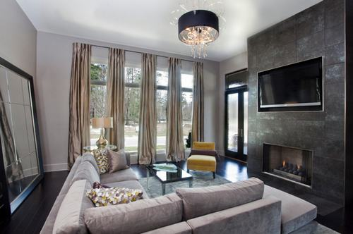 183041baoxaydung image012 Thiết kế nhà phòng khách hiện đại với gương trang trí