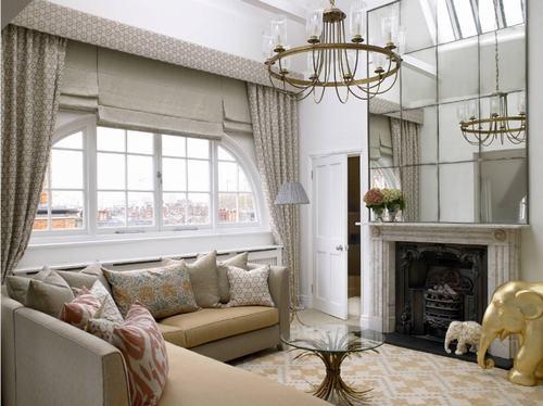 183044baoxaydung image016 Thiết kế nhà phòng khách hiện đại với gương trang trí