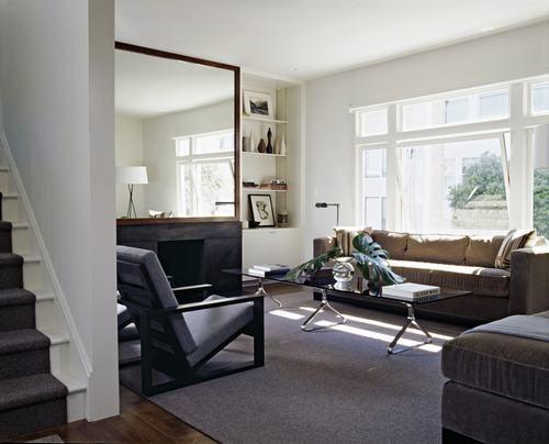 183045baoxaydung image018 Thiết kế nhà phòng khách hiện đại với gương trang trí