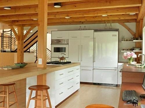 162714baoxaydung image005 Thiết kế căn bếp sang trọng với nội thất gỗ đơn giản