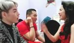 Chết cười xem Đức Phúc và Hòa Minzy tập hát ở hậu trường