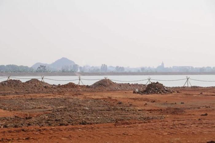 Ai đang chỉ đạo để doanh nghiệp lợi dụng dự án, ngang nhiên lấp gần 7ha hồ thủy lợi?