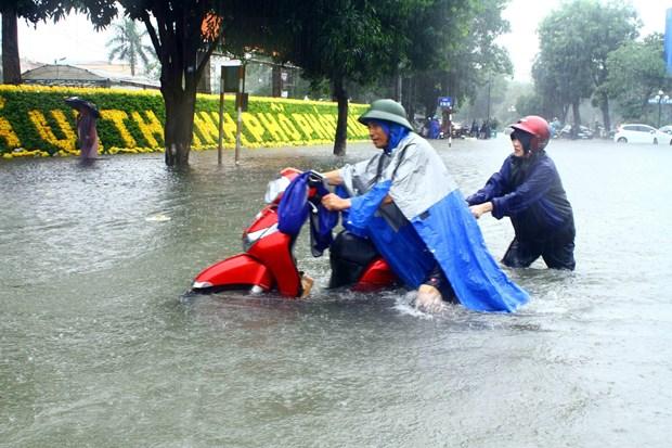 Trung Bộ tiếp tục mưa dông, từ ngày 20/10 mưa giảm dần