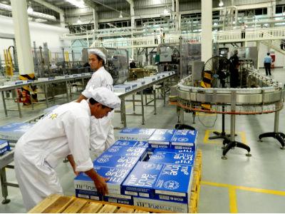 Trung Quốc chính thức nhập khẩu sản phẩm sữa từ Việt Nam