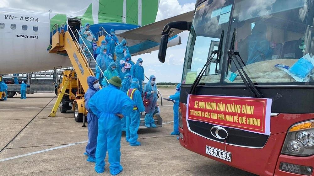 Quảng Bình: Tiếp tục đón công dân từ miền Nam về quê bằng tàu hỏa