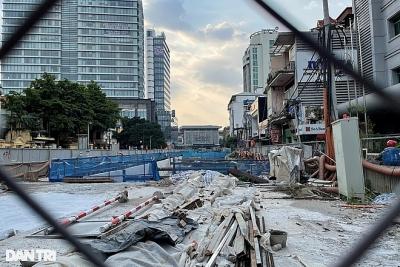 Metro Nhổn - ga Hà Nội: Công trường hoang vắng, cỏ dại mọc um tùm