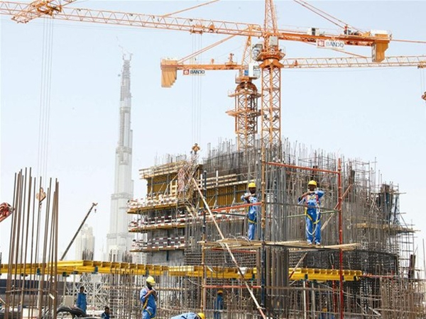 Hoạt động xây dựng gặp khó do dịch Covid-19